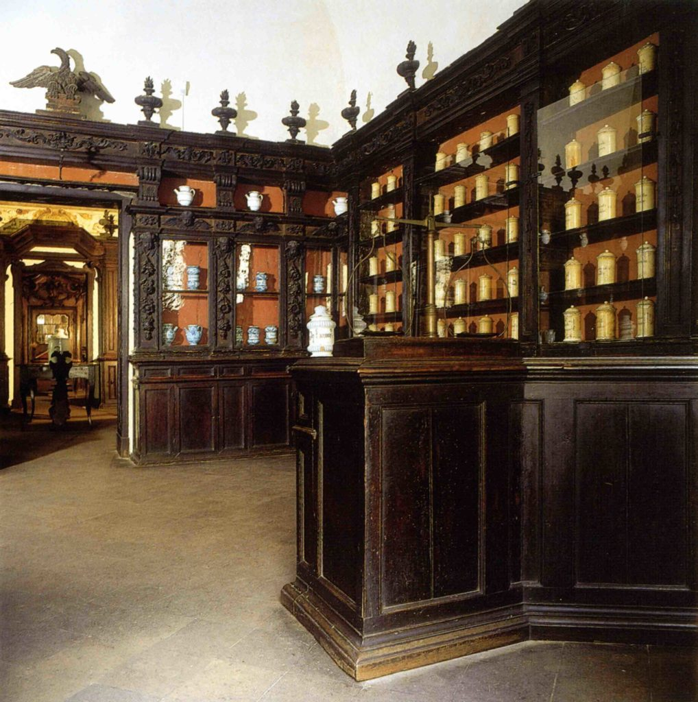 10.08 - Antica Spezieria di San Giovanni, sala di ingresso