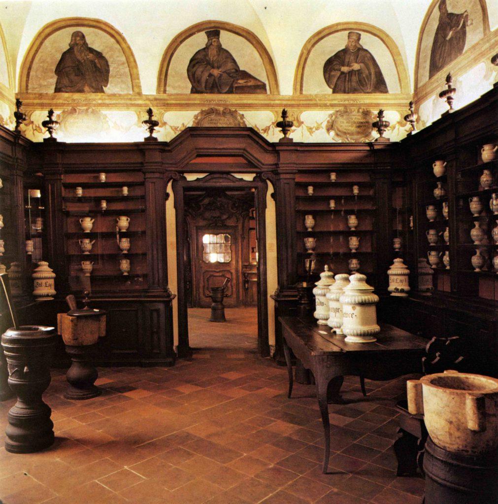 10.09 - Antica spezieria di San Giovanni, Sala dei dottori