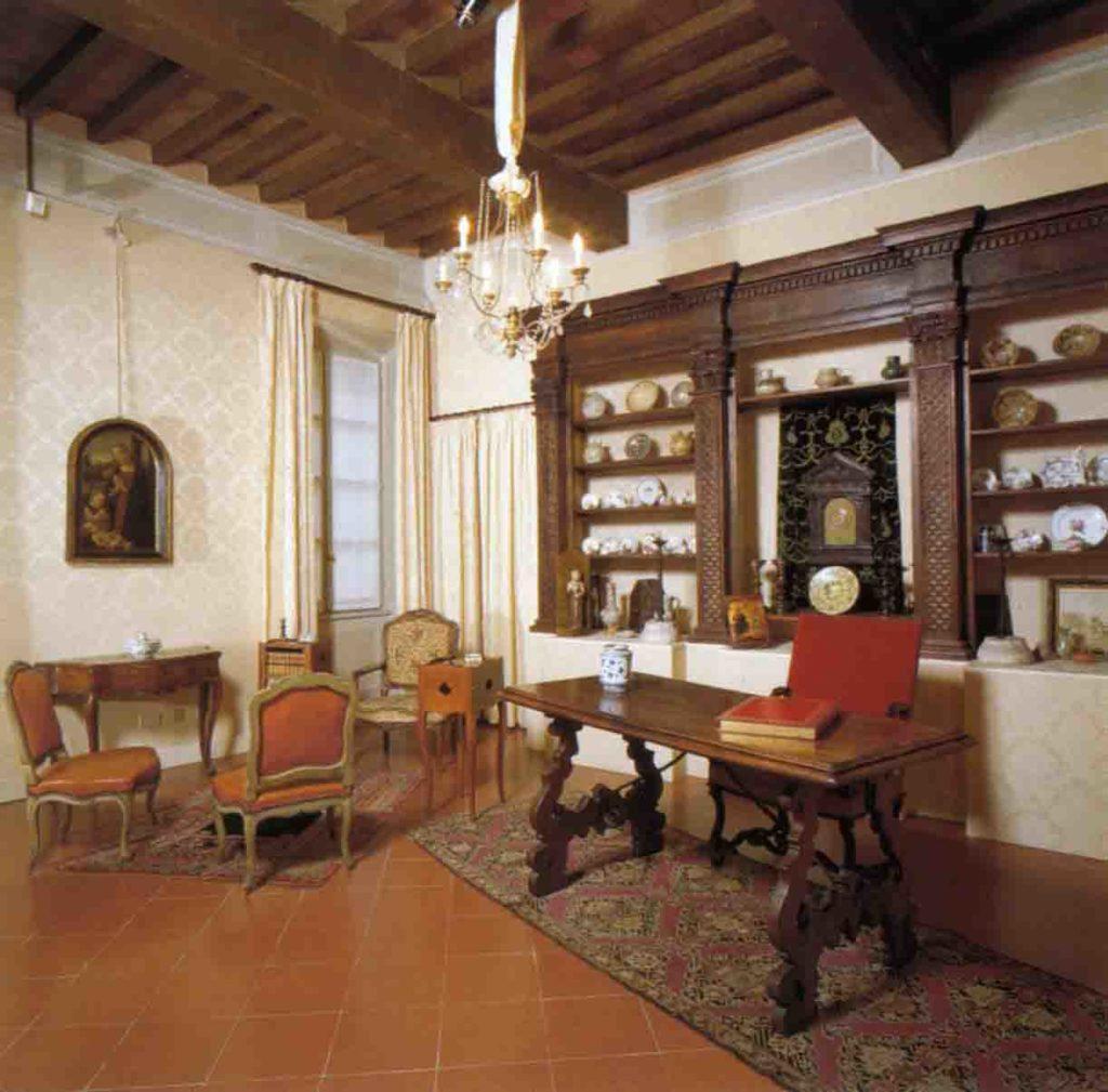 23.06 - Una sala di palazzo Bossi Bocchi che custodisce le collezioni d'arte della Fondazione Cariparma